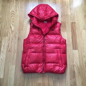 Nike puffer vest with hood